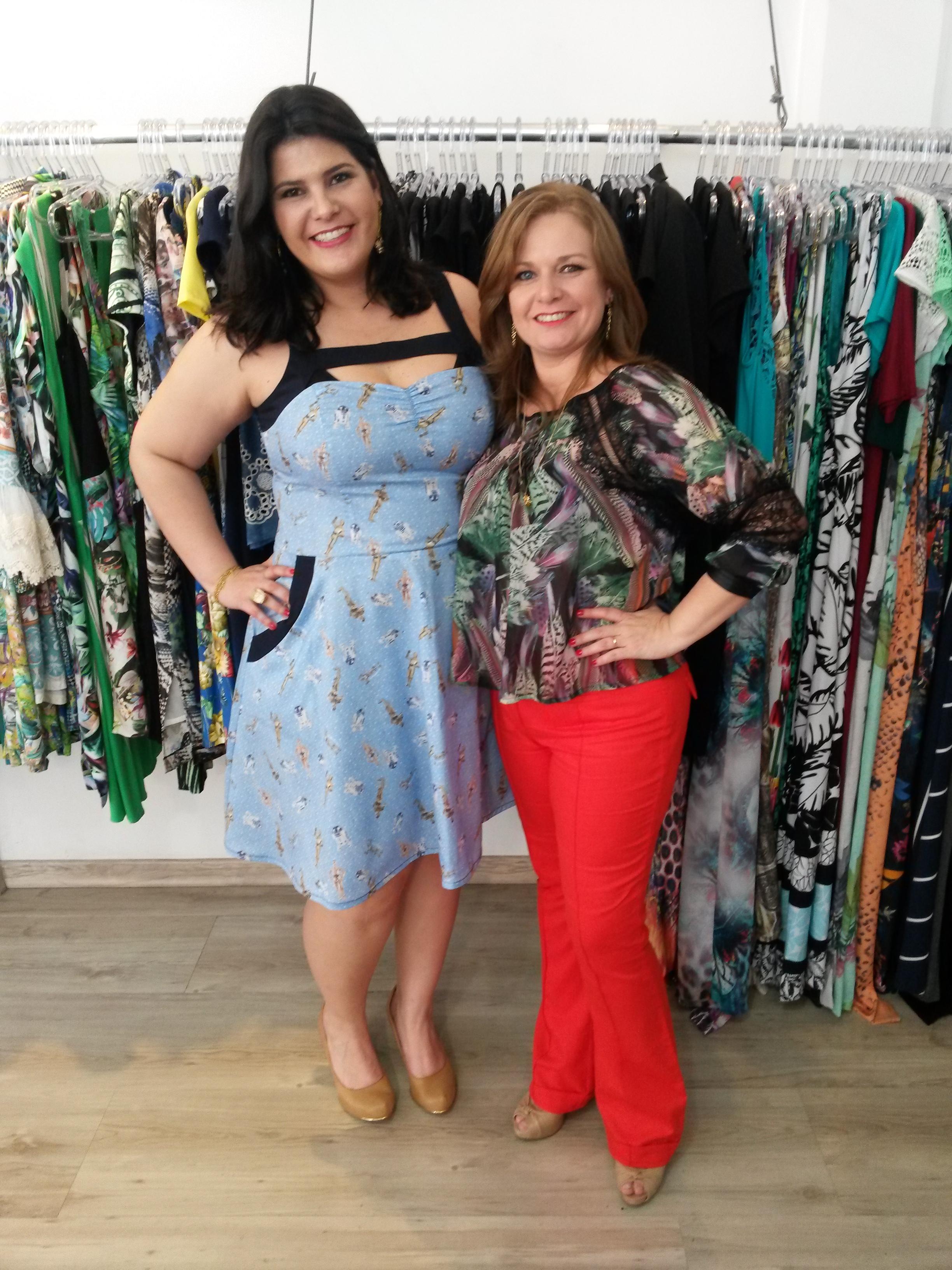 a693f4860347 ... e alguns desfiles realizados por mim e pela cliente e nossa modelo  Barbara Lamera, por fim brandamos o sucesso do coquetel com tantas roupas  lindas!